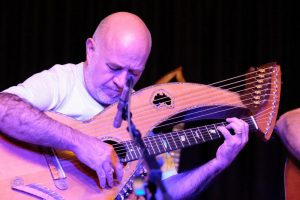 Tony Barnard music Harp Guitar Bookoccino Northern Beaches Live music