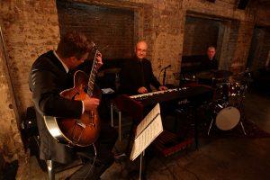 Darren Heinrich Jazz Trio LIve music Bookoccino AValon